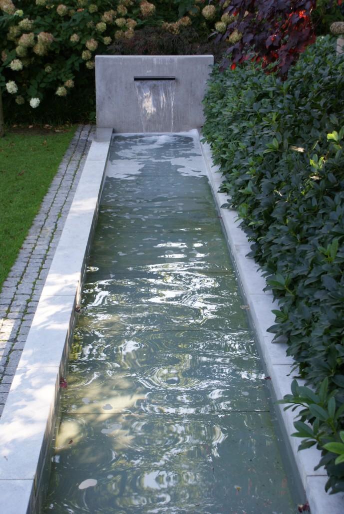 Wunderbar Wasserspiele Im Garten Edelstahl Bilder - Die ...