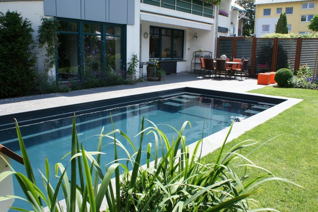 Ancona und twin zinsser poolbau for Pool design gmbh