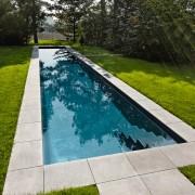 Swimmingpool mit klassischer Chlorfilterung