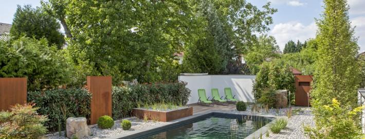 Naturpool bauen vom Teichmeister für die Lüneburger Heide mit den Produkten von Balena