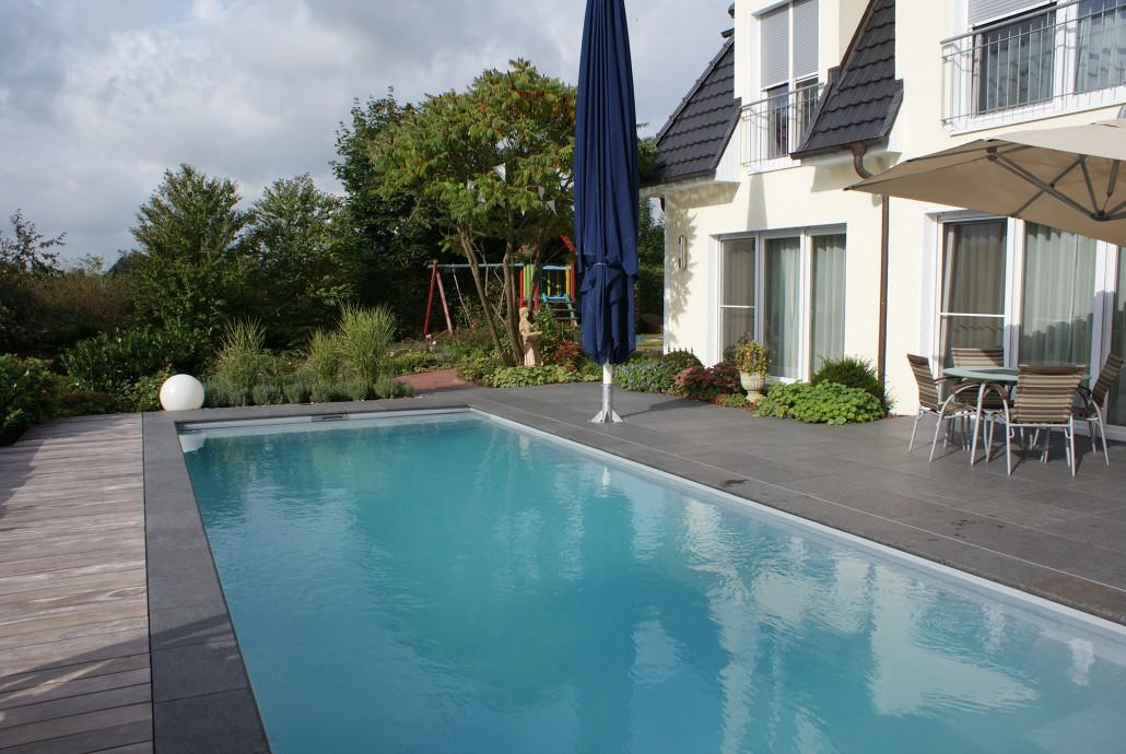 Ancona und twin zinsser poolbau for Garten pool hersteller